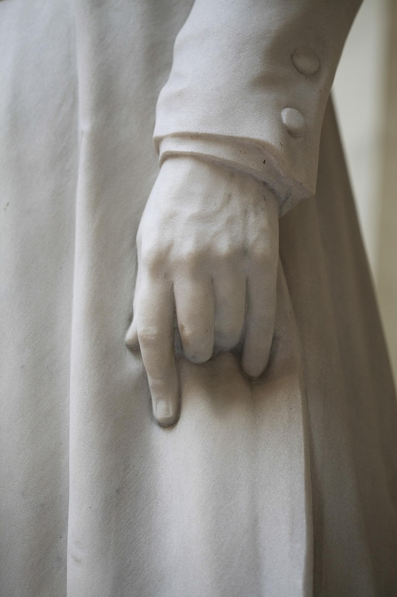Mponanos   Sculptor